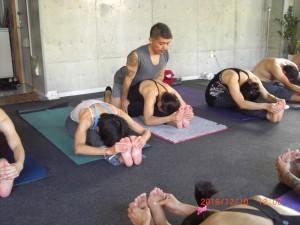 yoga class 030