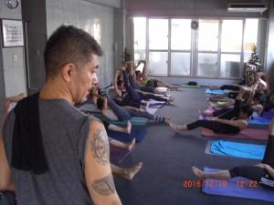 yoga class 065